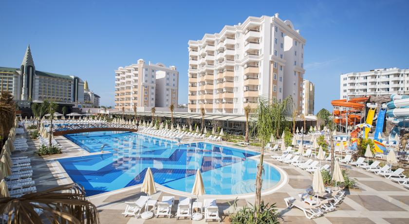 هتل رامادا ریزورت لارا Ramada Resort Lara آنتالیا